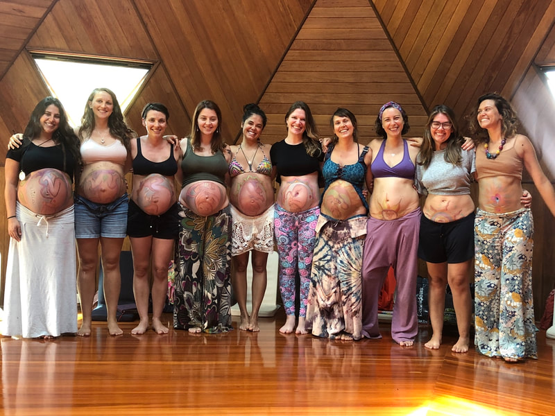 Natural Ultrasound created by Naoli Vinaver, pregnant participants of workshop 2019.