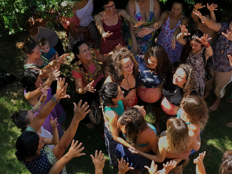 Natural Ultrasound created by Naoli Vinaver, participants of workshop Art of Birth, in a song ritual. 2019. Photo by John Kilburn